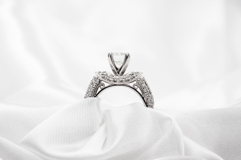 14K White Gold 1.0ct Cushion Cut SI2-J approx .75cttw lower accent Diamonds