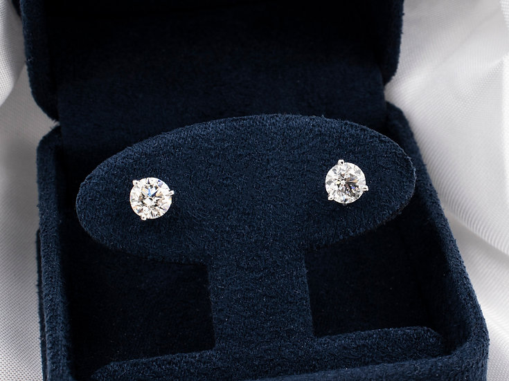 14K White Gold Round Diamond Screw Back Earrings