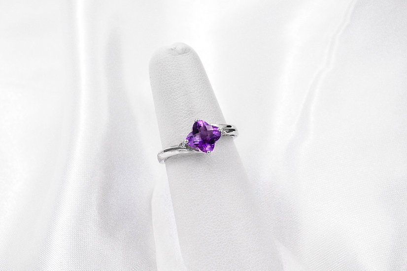 14K White Gold Flower Cut Amethyst Ring