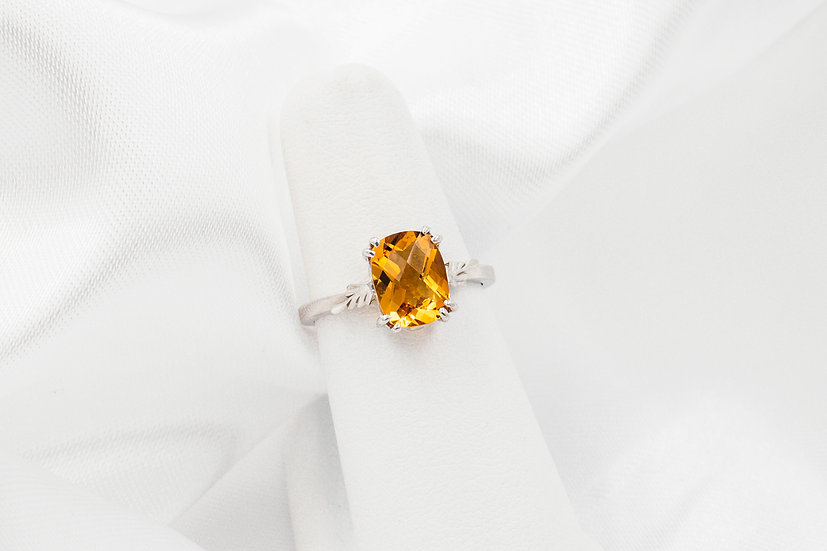 14K White Gold CB Citrine Ring