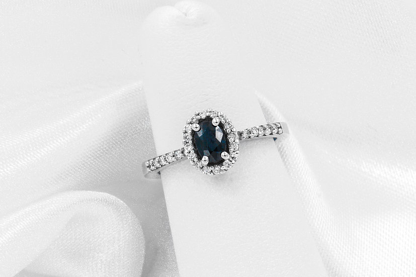 14K White Gold Oval Sapphire Diamond Ring