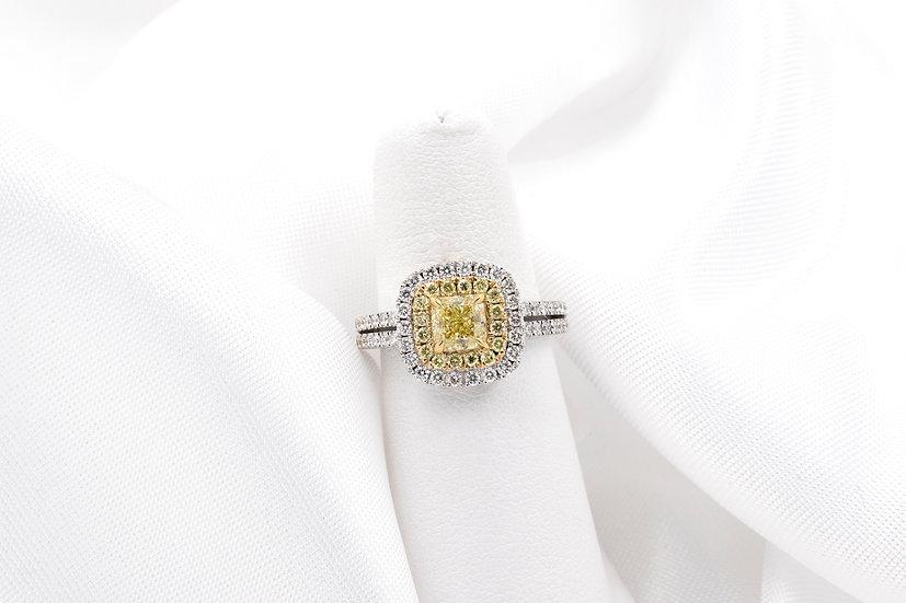 18K White Gold Yellow Diamond Engagment Ring
