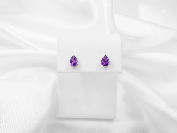 14K Pear Shaped Amethyst Studs