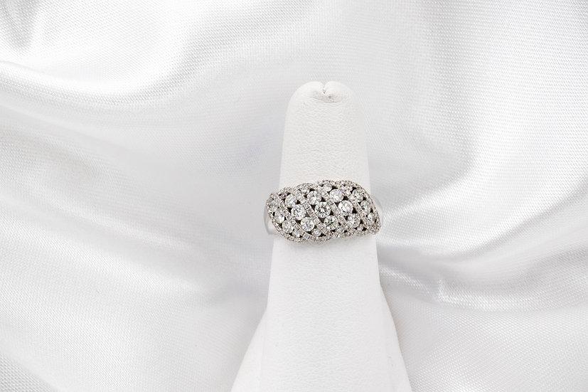 18K Round Diamond Weaved Band