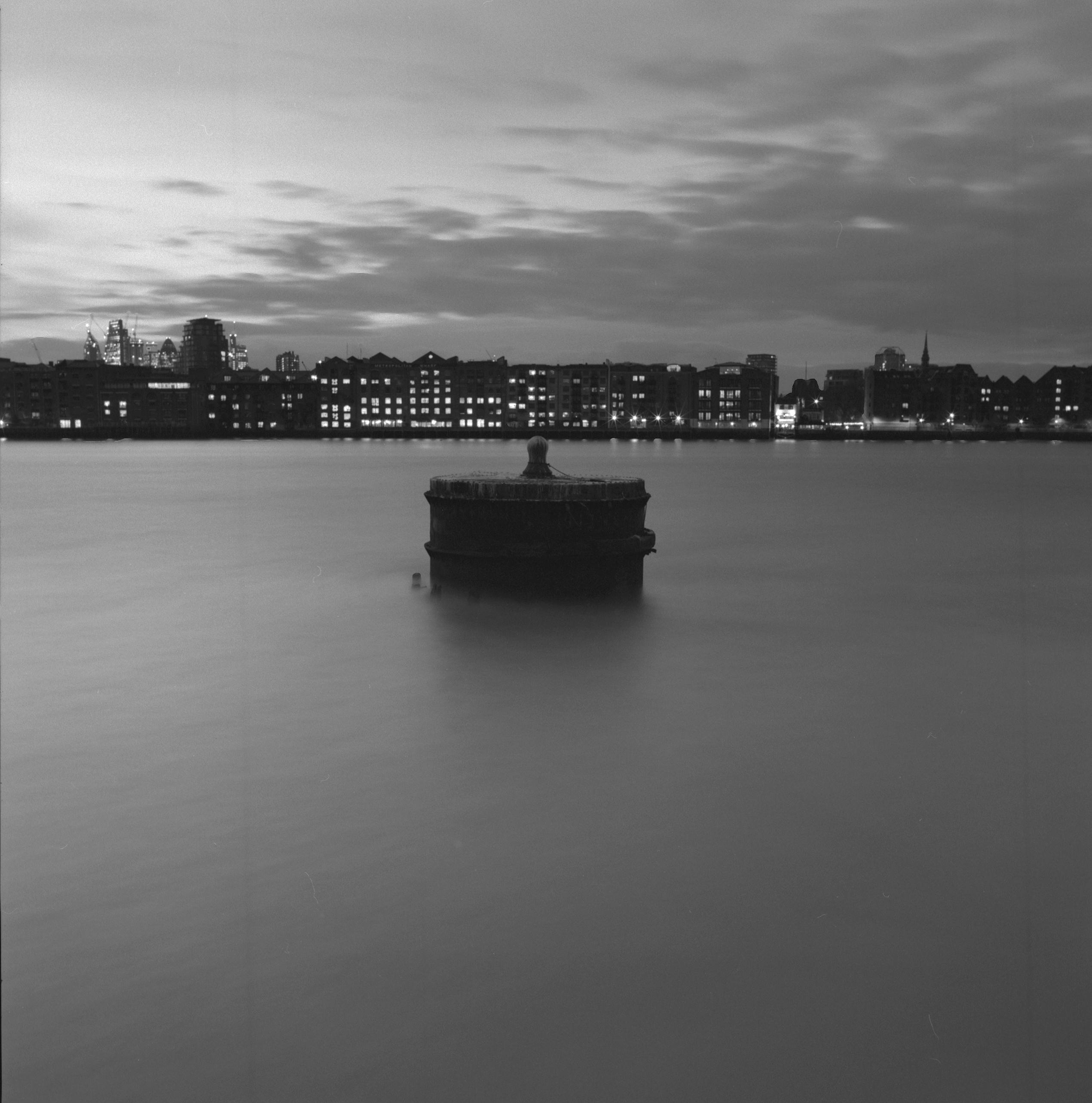 Thames, Dusk