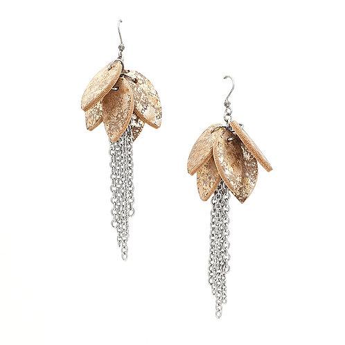 Tulppaanikorvakorut - ketjuilla