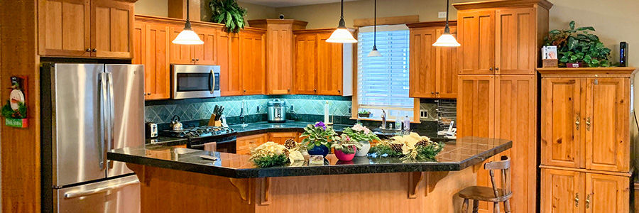 Ridgewater Adult Foster Care offers high quality food services and housekeeping for your loved one.