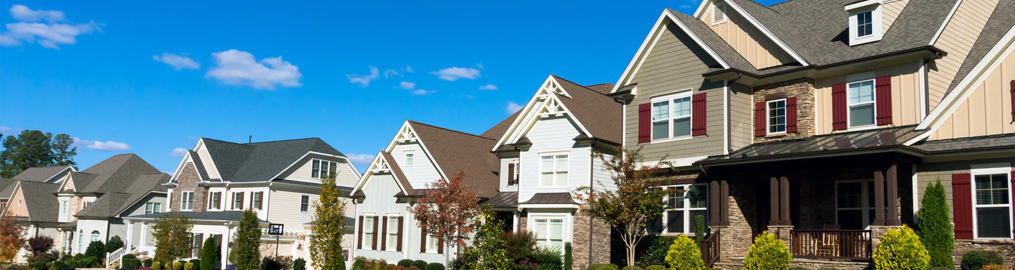 Commercial and residential roofing services in Medford Oregon. Rivas Roofing & Construction has been offering roofing installation, roofing replacement, roofing repair, and emergency roofing services to the Rogue Valley for over 30 years.