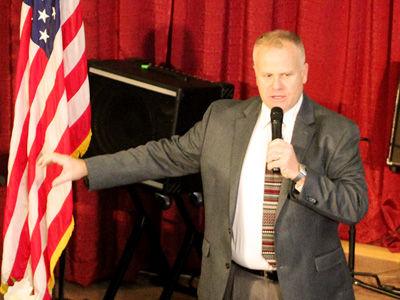 Pastor Ed Preaching sm.jpg