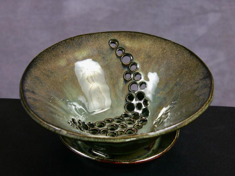 Berry bowl in jade