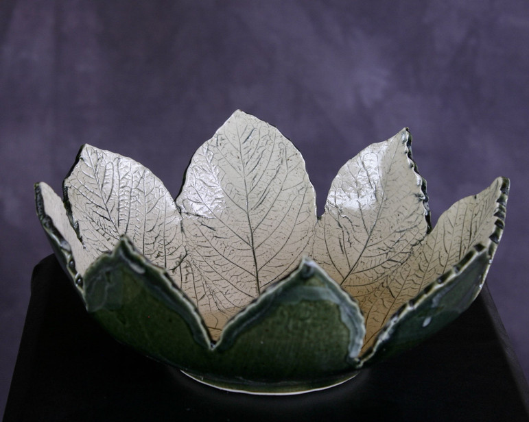 Rogersia leaf bowl