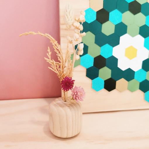 Mini vase en bois