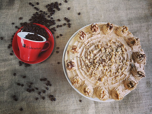 Round-Coffee-and-Walnut-Cake-Gluten-Free