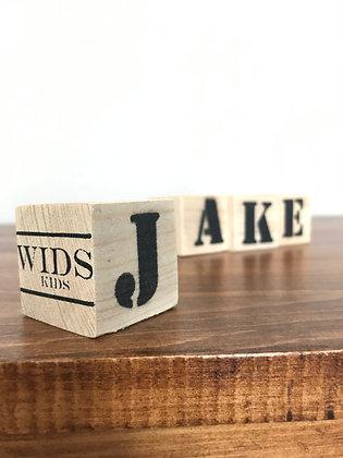 Ensemble de cubes de bois personnalisables