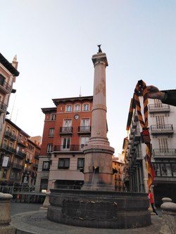 Estatua del torico (Teruel) - Octubre 2017 - Scouts Magma