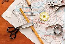 modelagem, risco, corte, costura e acabamento (feminino e masculino em tecido ou malha)