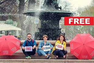 red_umbrella-free_walking_tours_helsinki