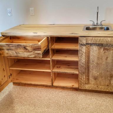 Barns Board Pine Bar W/Sink