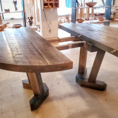 Pedestal Table Mid Expansion