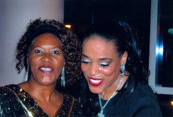 Barbara & Vickie Winans