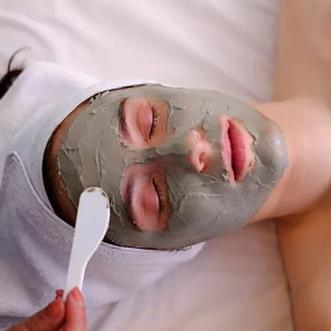 Deep-down-detox-facial-2020-1000x1000_gr