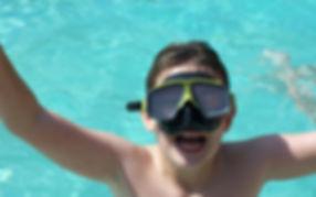 swimming-976384_960_720.jpg