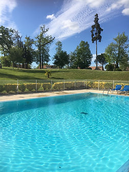 PISCINE CHAUFFEE La Villa 103-maison de charme vacances Gers villa avec piscine 6 pers