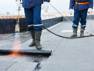 How To Hire a Commercial Roofing Contractor: 5 Tips To Follow