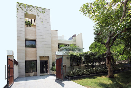 Villas & Private Residences