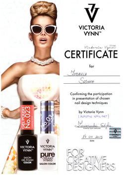 victoria vynn nails certyficate