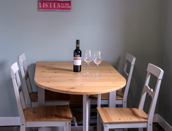 wine_lingay_cottage
