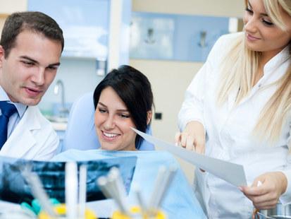 Diş Doktorları ve Polikinlikler
