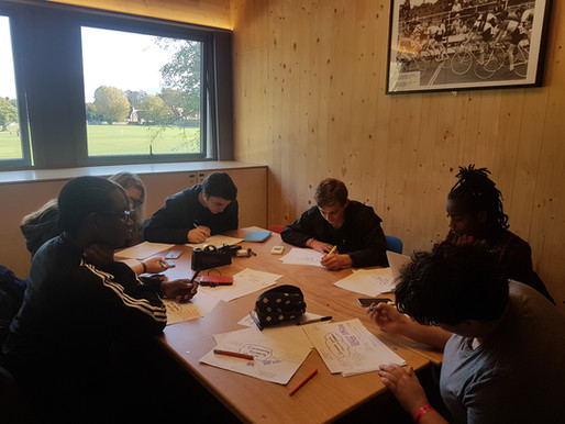 Consult us! : Lambeth Youth Council organise consultation workshop with local organisations