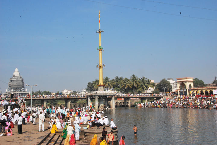 ERECTION OF 145-FEET TALL GARUD STAMBH - FLAG POST - A SYMBOL OF SACRIFICE, DEVOTION AND DEDICATION, CONVEYING THE MESSAGE OF KNOWLEDGE DIVINE / WISDOM, DEDICATED TO WORLD PEACE, AT ALANDI, PUNE, INDIA  