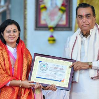 felicitation of  Devi Vaibhavshree.jpg