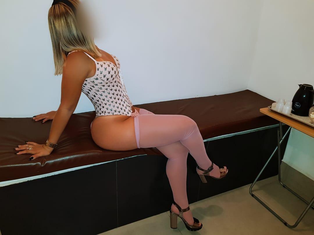 Pamela (3)