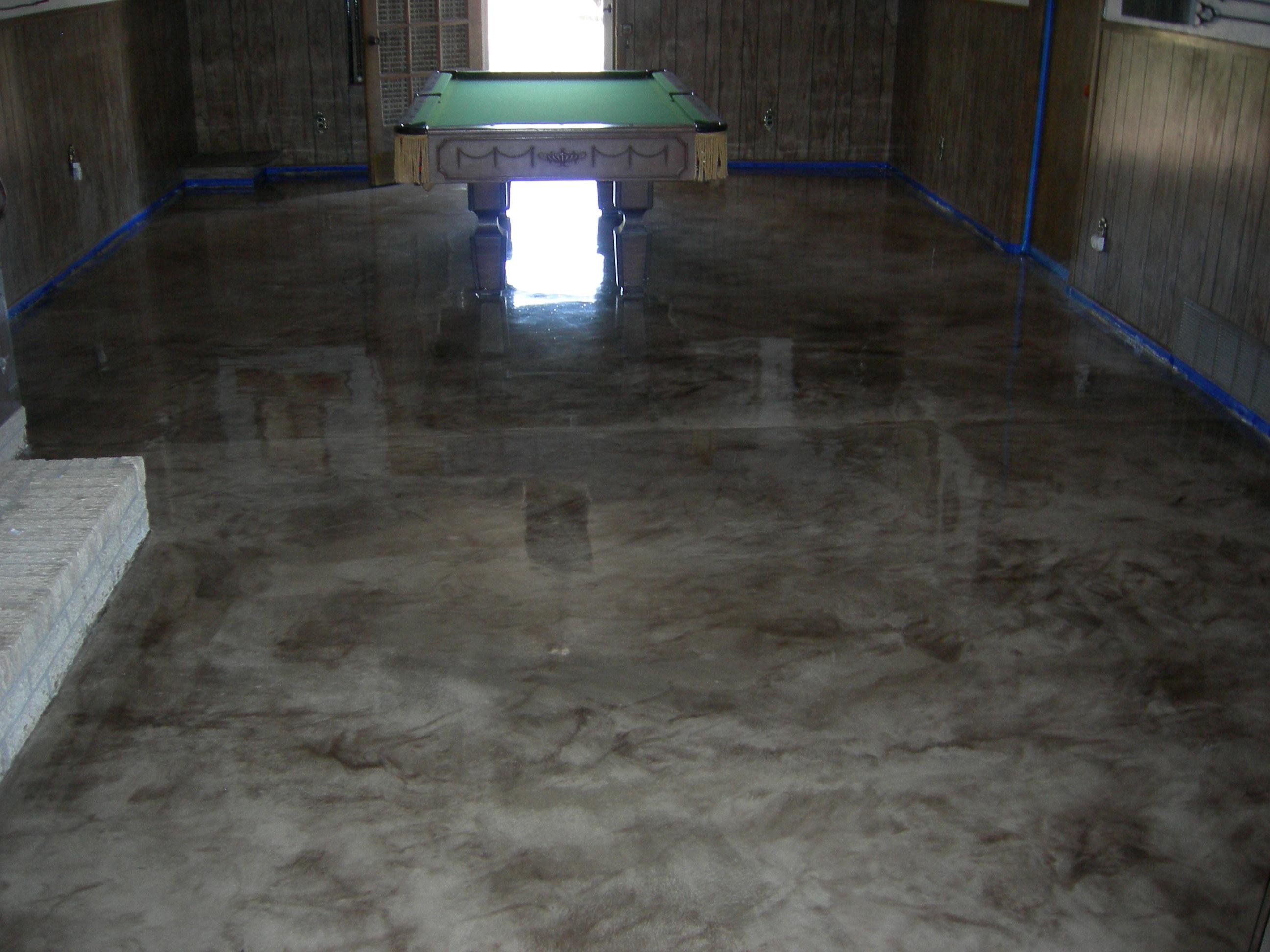 Residential game room floor