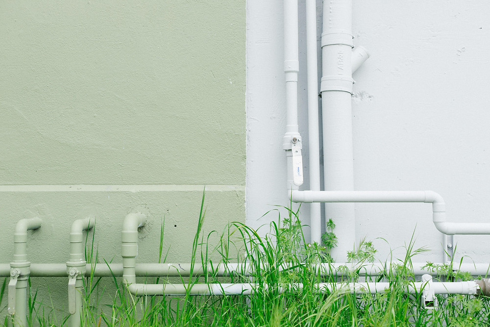 Pipa air di sebuah bangunan