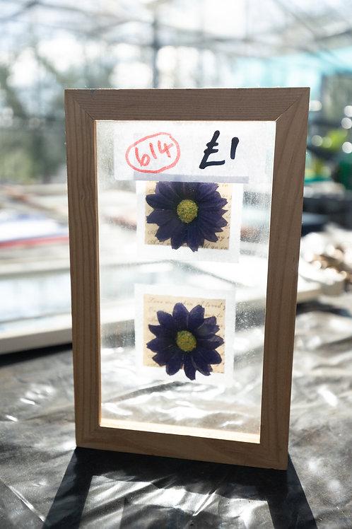 614. Flower Frame Art.