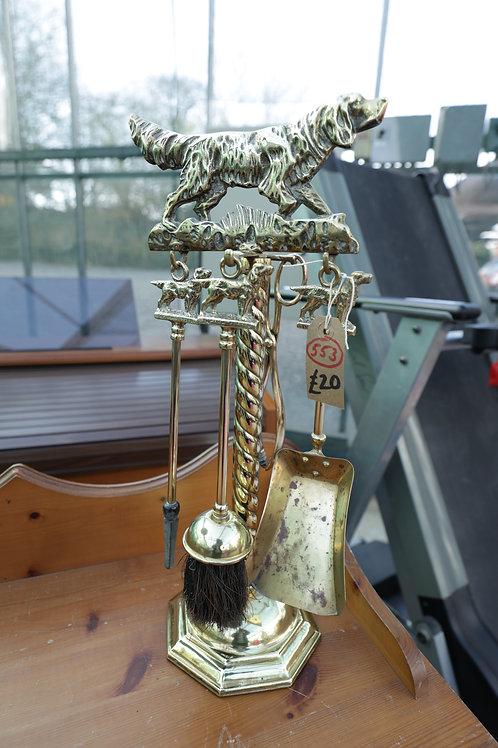 553. Brass Companion Set.