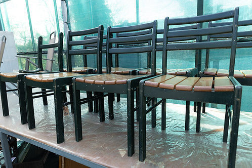 740. 8 x Garden Chairs.