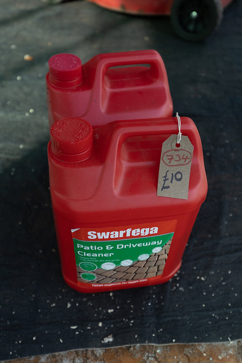 734. Patio and Driveway Cleaner. 5L and 4L