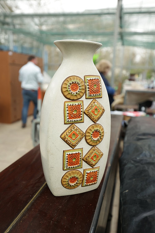 "560. Retro ""Brentleigh Ware"" Vase"