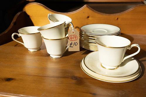 "419. Royal Doulton Tea Set ""Heather"" 6 x Cups, 6 x Saucers, 6 x Plates."