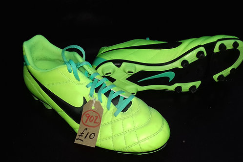 902. Nike Football Boots. Brand new. size 11