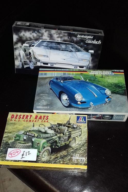 904. Model Kits. Brand new. Land Rover Combat Car, Porsche Carrera, Lamborghini