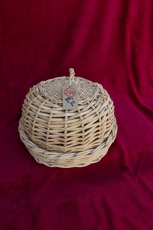 289. Wicker Dome and Tray.