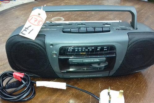 178. Cassette / Player Radio