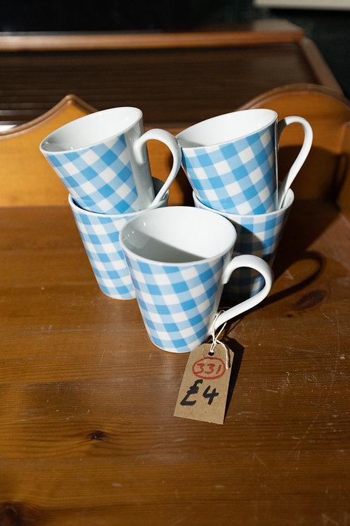 331. 5 x Mugs.