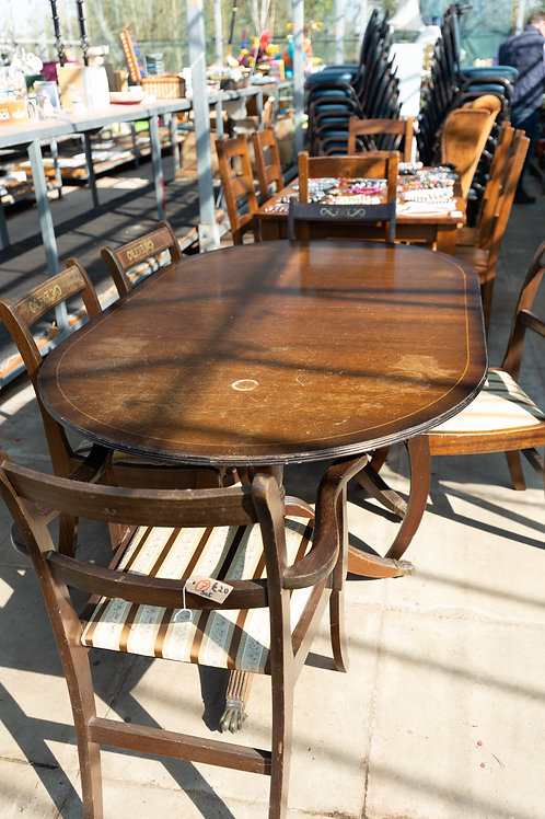 7. Dining table, four chairs, two carvers.